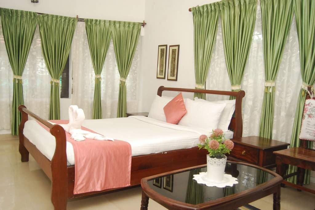 Bed Leisure Vacations Maithili Home Comforts
