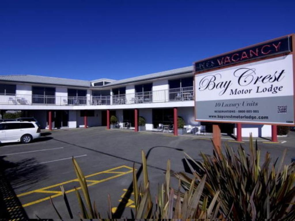 More about Bay Crest Motor Lodge