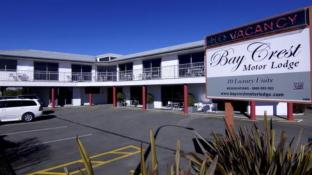 Bay Crest Motor Lodge