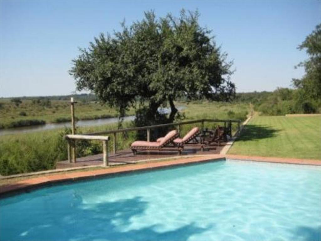 Piscina Bucklers Africa Bed and Breakfast
