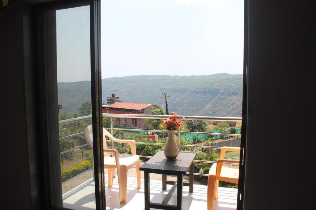 Hotel Rajat Holidays Best In Mahabaleshwar