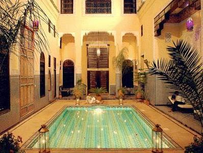 Suite (Essaouira) (1 double and 1 single bed) (non refundable)