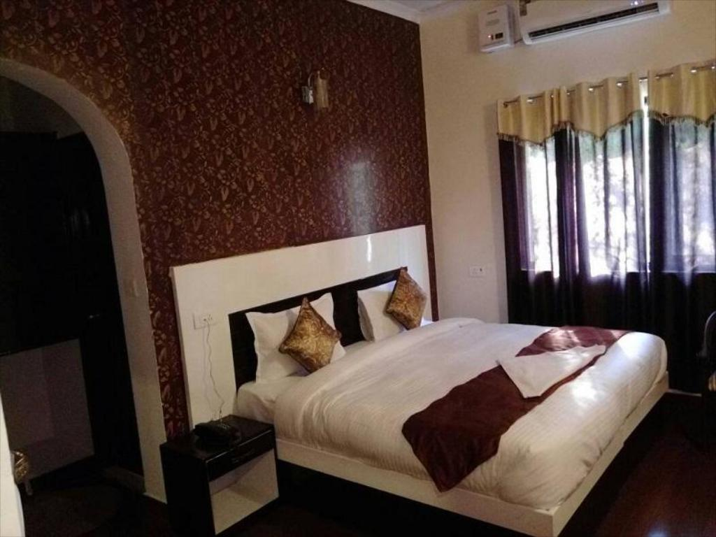 More about Hotel Sparsh Ganga