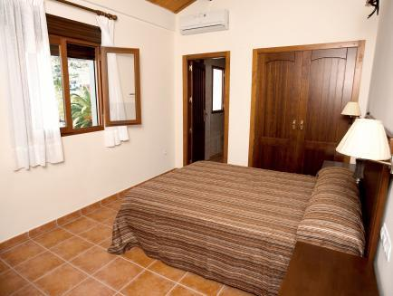 Àtic amb Terrassa (4 adults) (Penthouse Apartment with Terrace (4 adults))