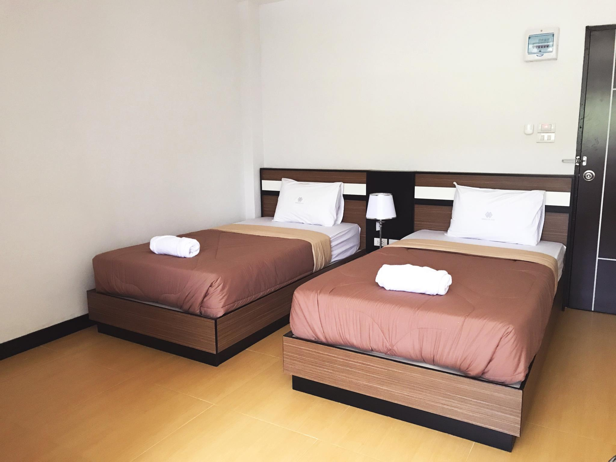jednolůžka (Single beds)