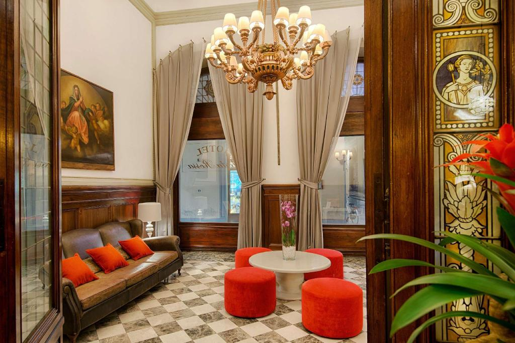 NH Collection Firenze Porta Rossa in Florence - Room Deals