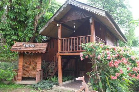 Standard Double Room - View Pai Treehouse Resort