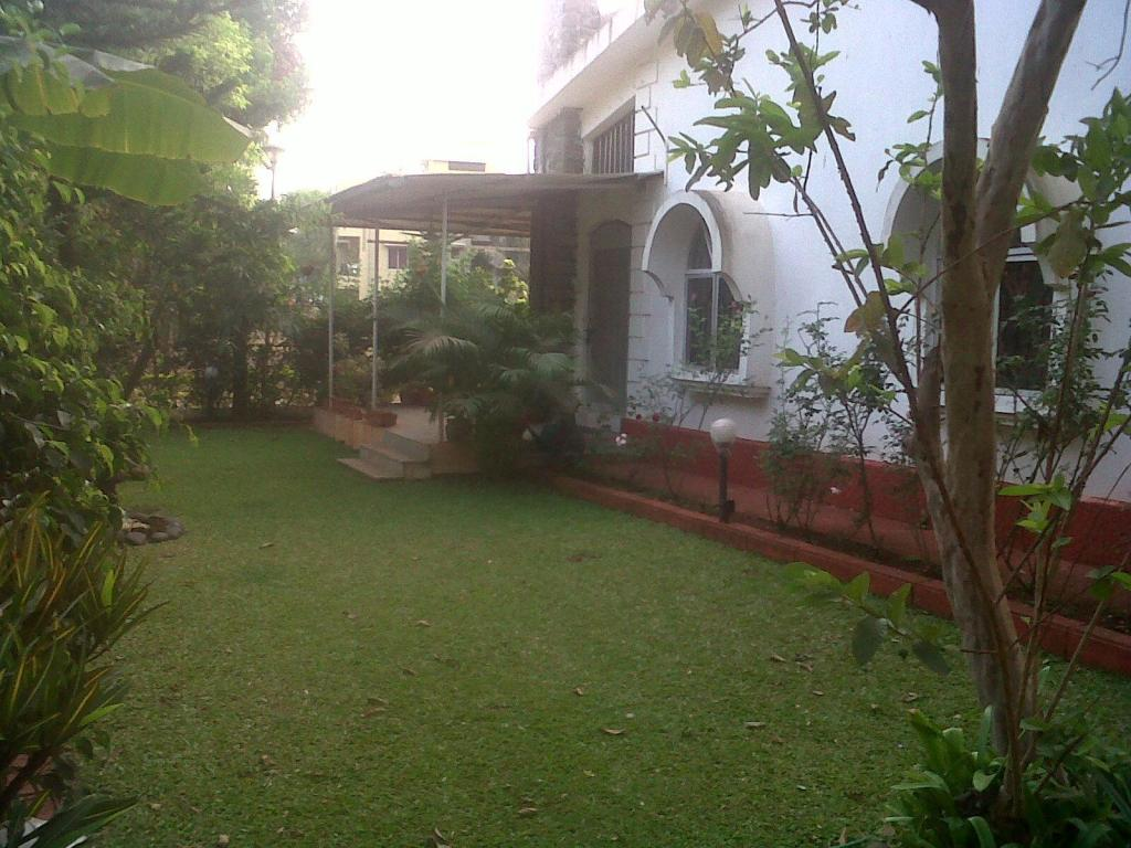 Κήπος Sneha Home Villa By The Riverlonavala
