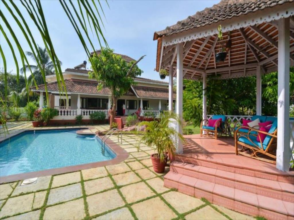 Captain Vagator Private Pool 4 Bed Villa in Goa - Room