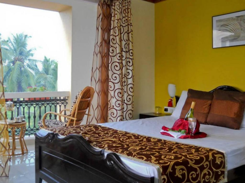 Sunset Siesta  Home In Goa Close By Benaulim Beach