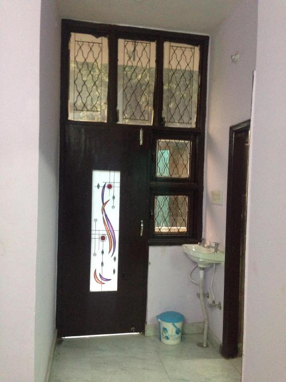 Jiné Sonica Home Fully Furnished Apartment In Delhi