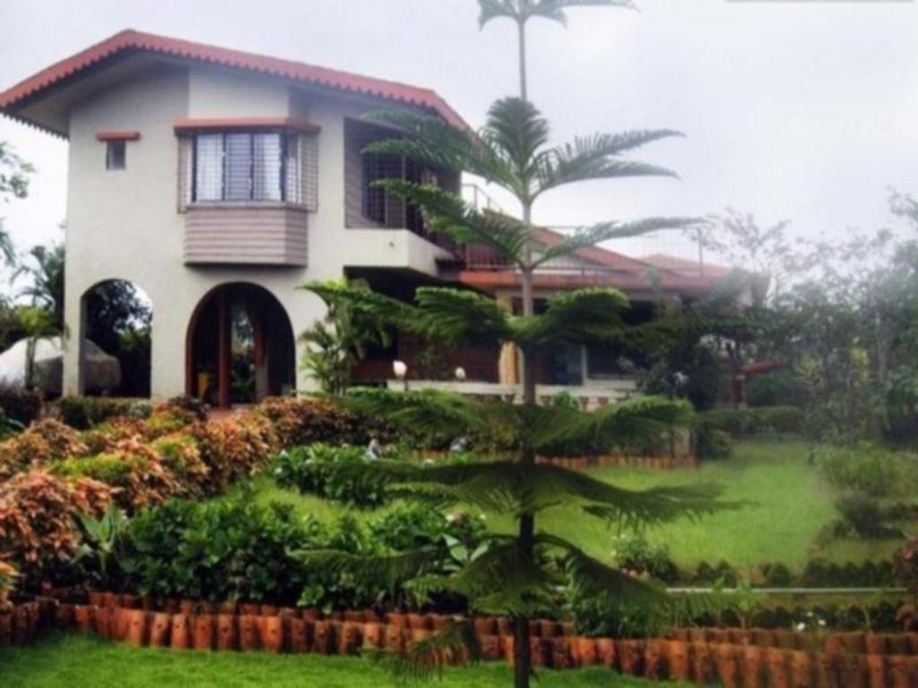 Seema Bungalow Bungalow4 Br For Monsoon Weekend