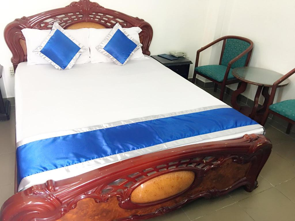 Standard Double - Bed Trung Nam Hotel - Dist 8