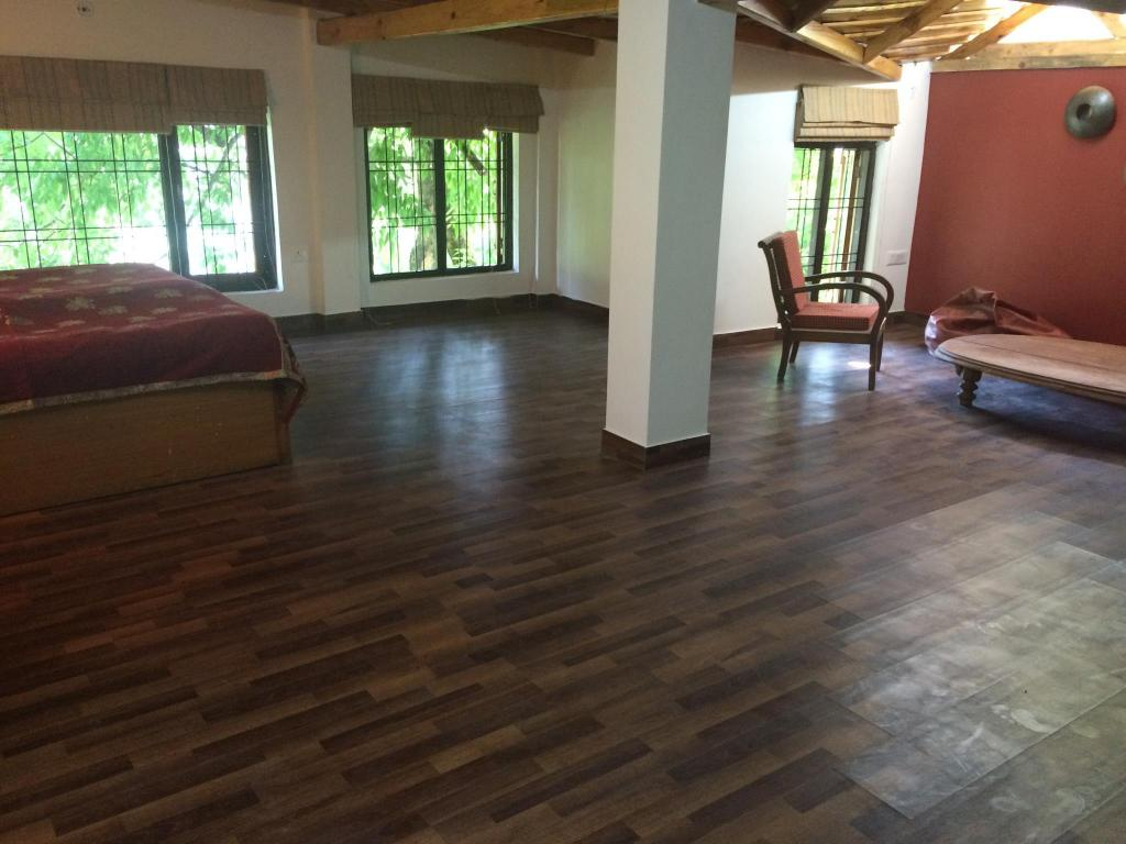 Lounge Ritu Home 3 Br Duplex In Nainital