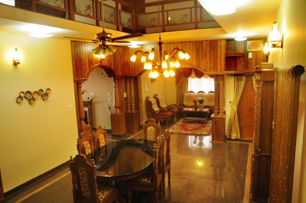 Lounge Gj Vacations Home In Kottayam