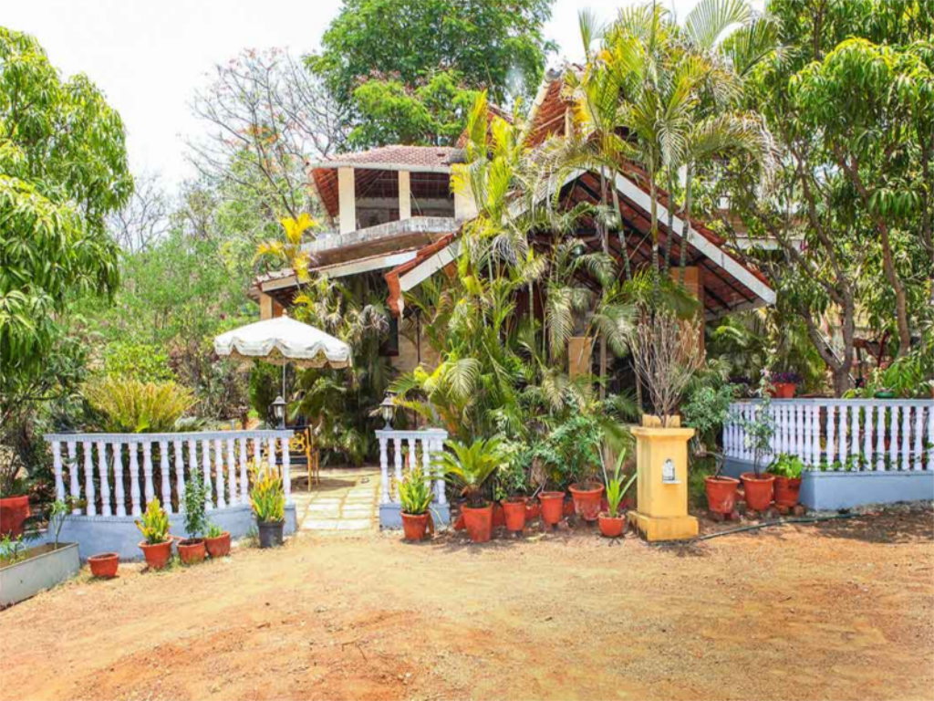 Rembrandt Villa In Nagaon Hill Side Alibaug