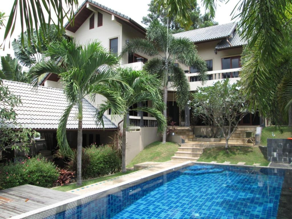 Andreas Home Chaweng Pool Villa With 4 Brs
