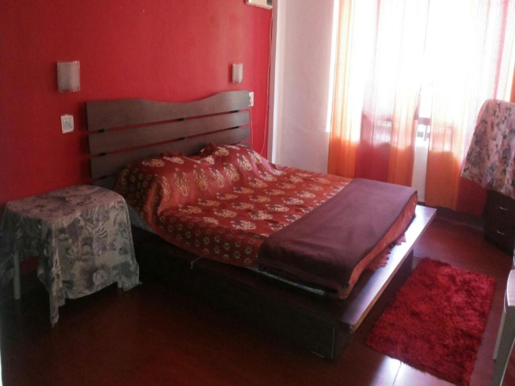 Villa - Bed 3 Br Bungalow Near Gold Valley In Lonavala