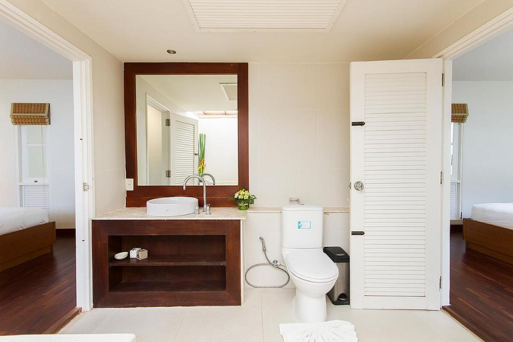 Bathroom 4Br Pool Villa With Landscaped Gardens