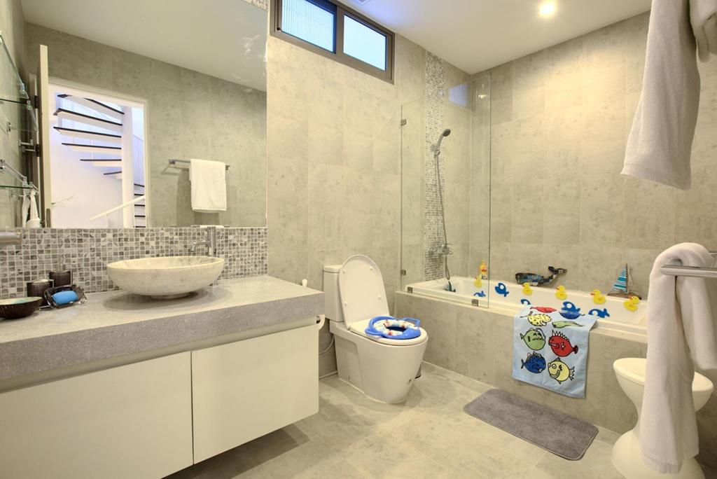 Bathroom 4 Bed Modern Villa In Choeng Mon