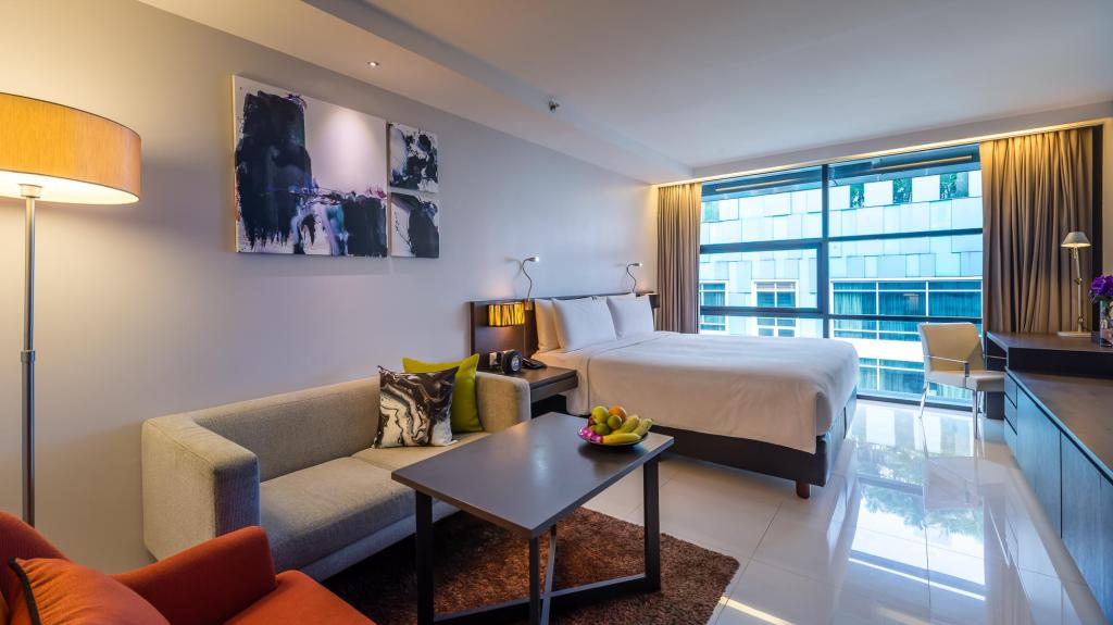 Guestroom Maitria Studio Room at Sukhumvit 18