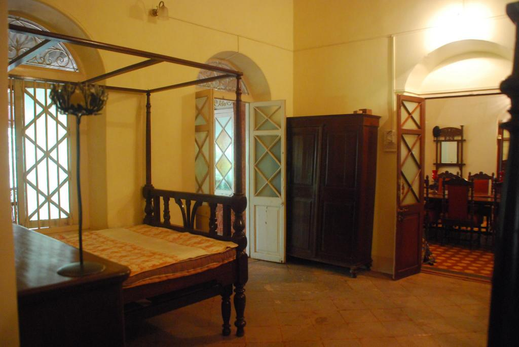 1-Bedroom Unit - Guestroom The Parsi Manor 4 Br Heritage Villa