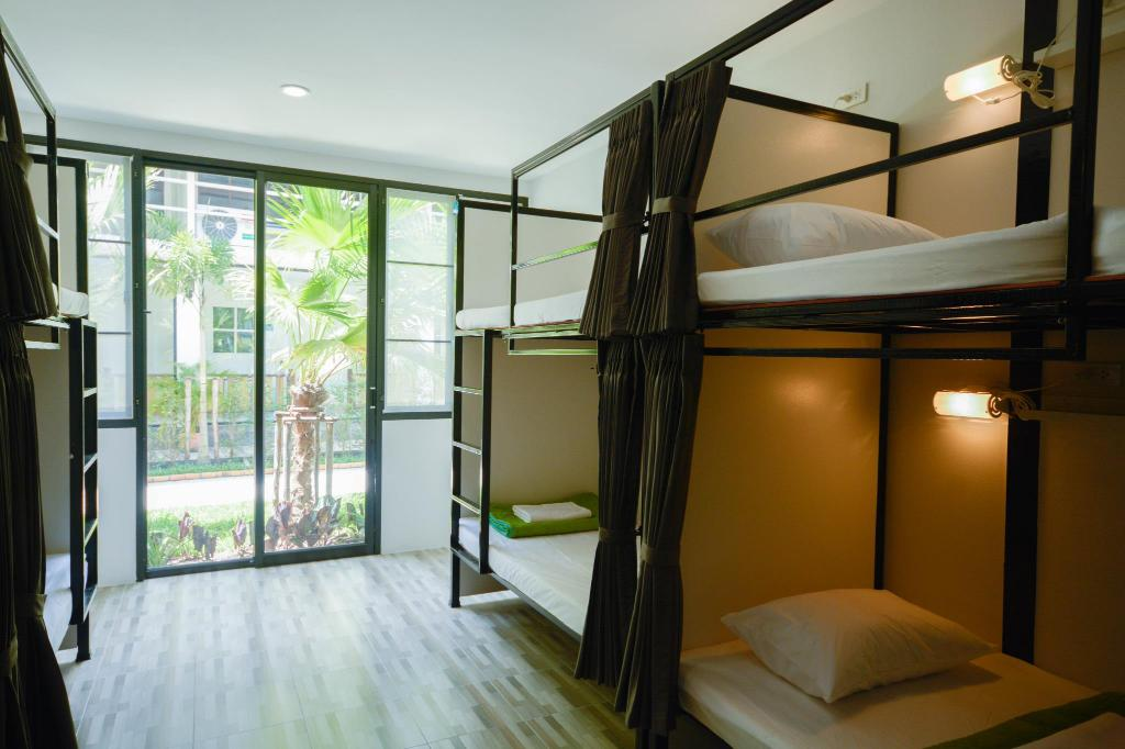 Single Bed Dormitory Shared Bathroom (Mixed) - Bedroom iRest Ao Nang Sea Front