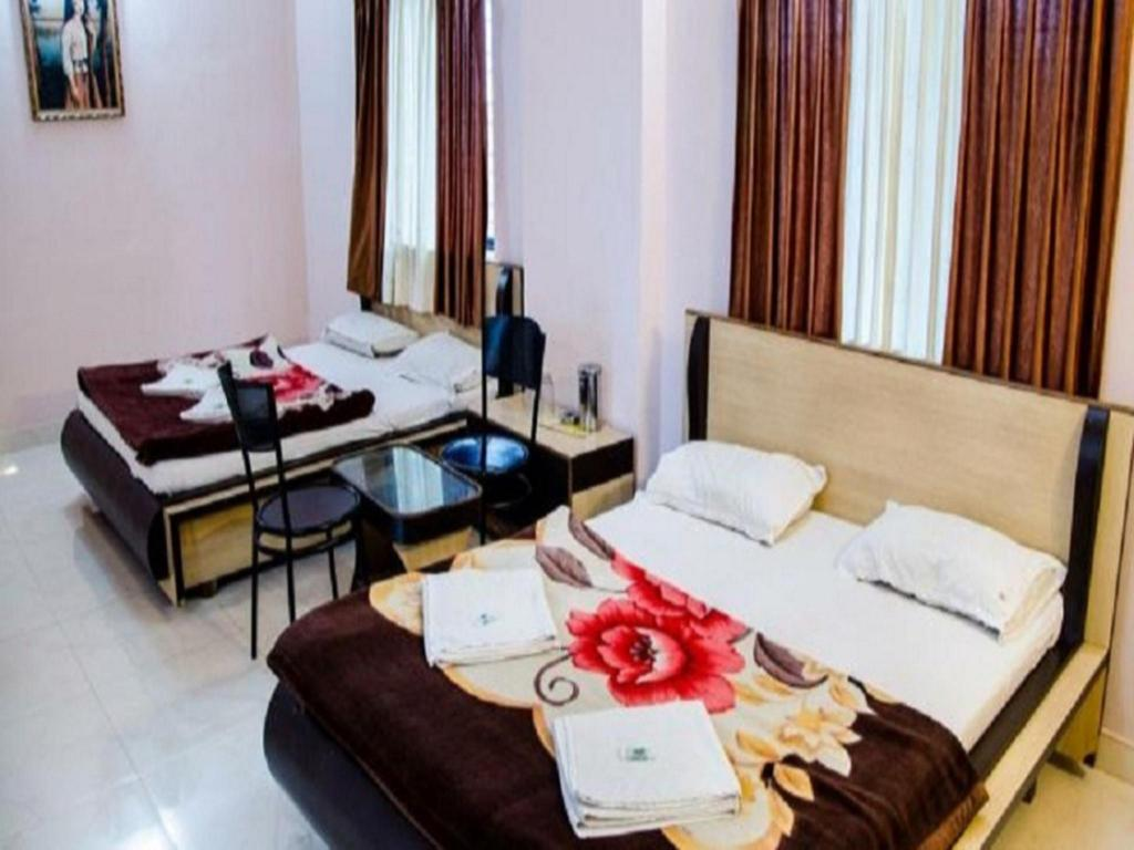Guestroom Hotel Krishna Continental Executive