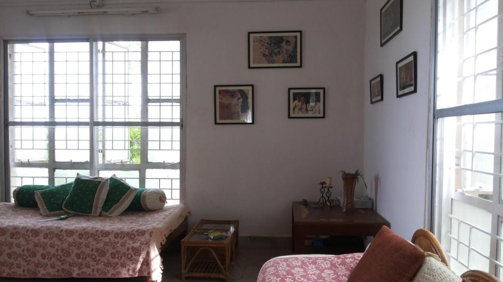 Guestroom Mahendra Home Cosy Small Family Cottage