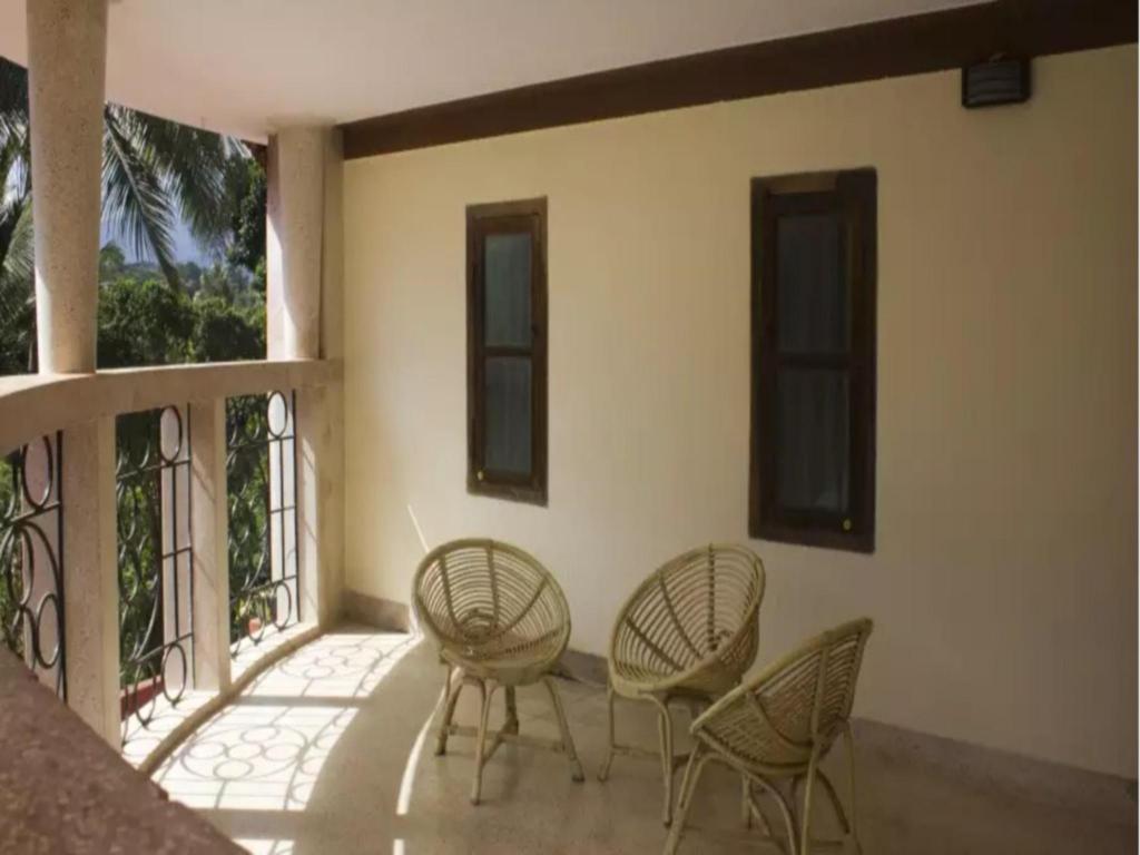 Best Price on Simple Bison Manor Resort Nagarhole Room In