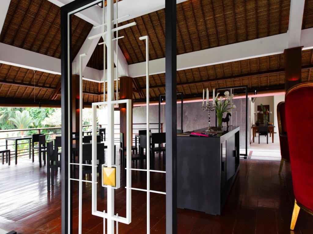 Restaurant 8Br Private Villa With Pool Close To The Beach