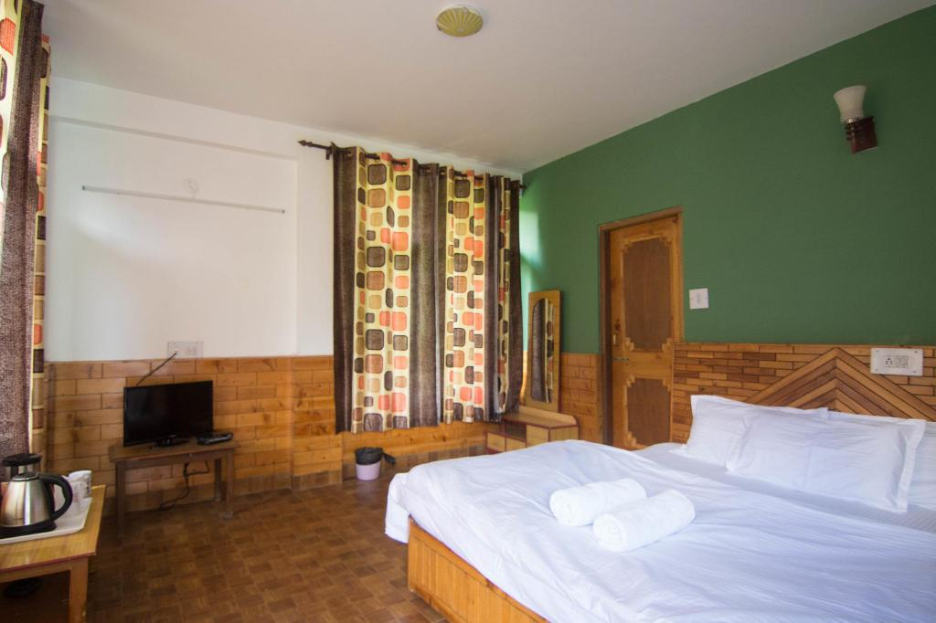 Tweepersoons Prive Kamer - Gastenkamer Backpacker Panda Manali