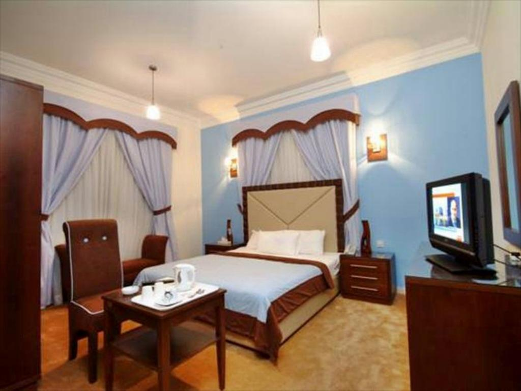 More about Royal Hotel & Suites