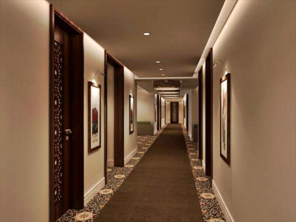 Interior view Royal Hotel & Suites