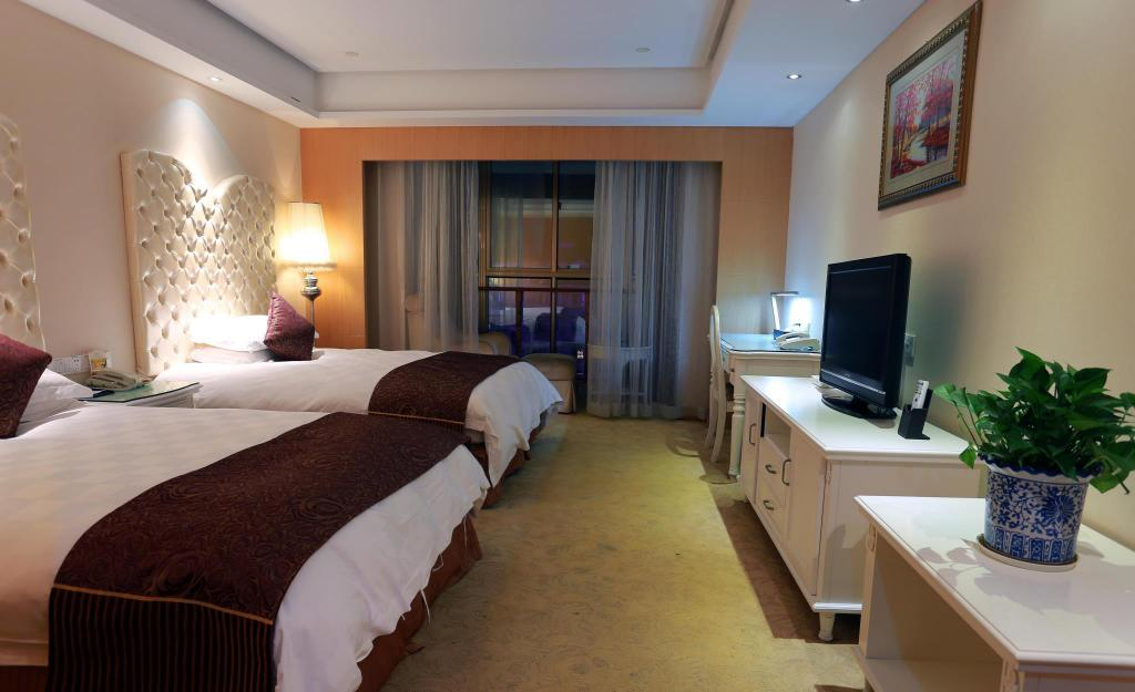 Superior Twin - Guestroom Zhougang Grand Hotel