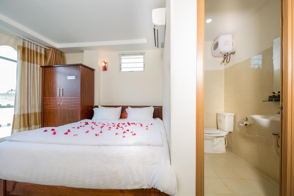 Deluxe Double Room - Bed Phu Sy Toan