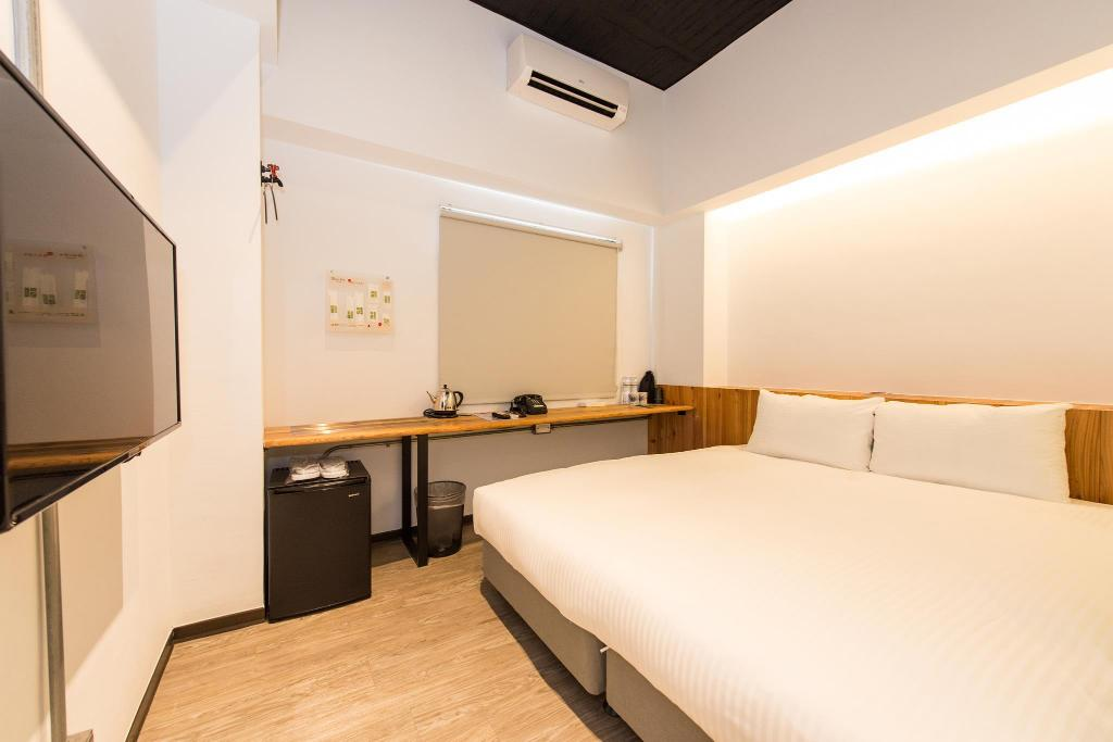 Double or Twin Room - Guestroom Traveller-INN Tiehua Cultural and Creative Hotel