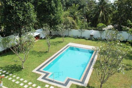 Swimming pool [outdoor] Villa Shanthi