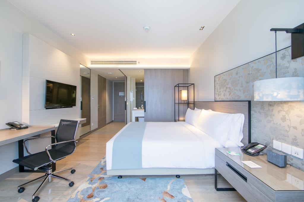 Superior Room - Guestroom Holiday Inn & Suites Rayong City Centre