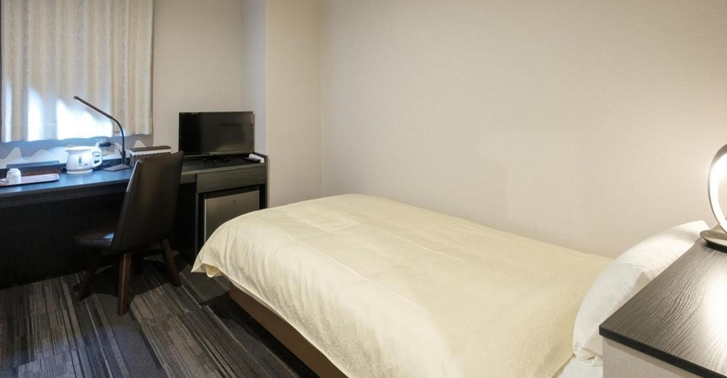 Standard Single Non-Smoking - Guestroom The Premium Hotel In Rinku