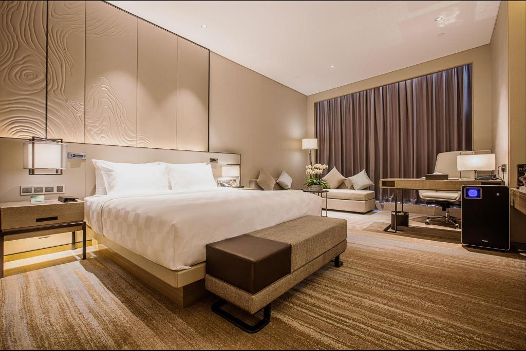 King Bed Standard - Guestroom Nanjing Golden Eagle Summit Hotel