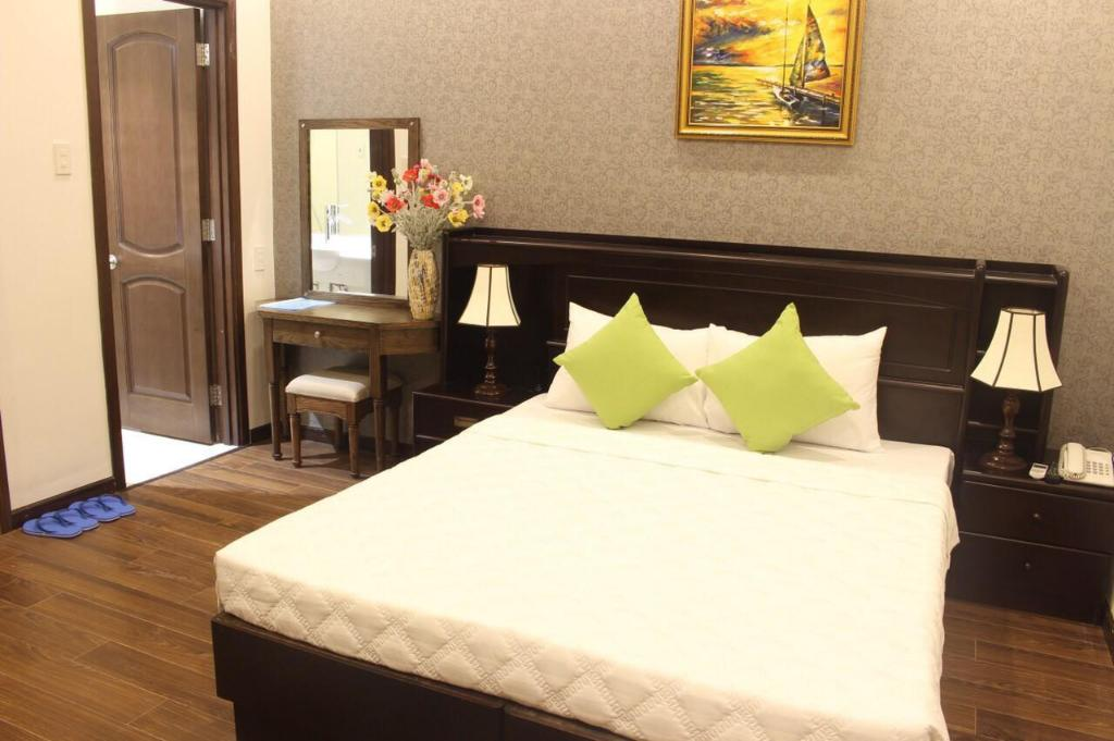 Standard Double Bed - Bed Aria Hotel - Nha Trang