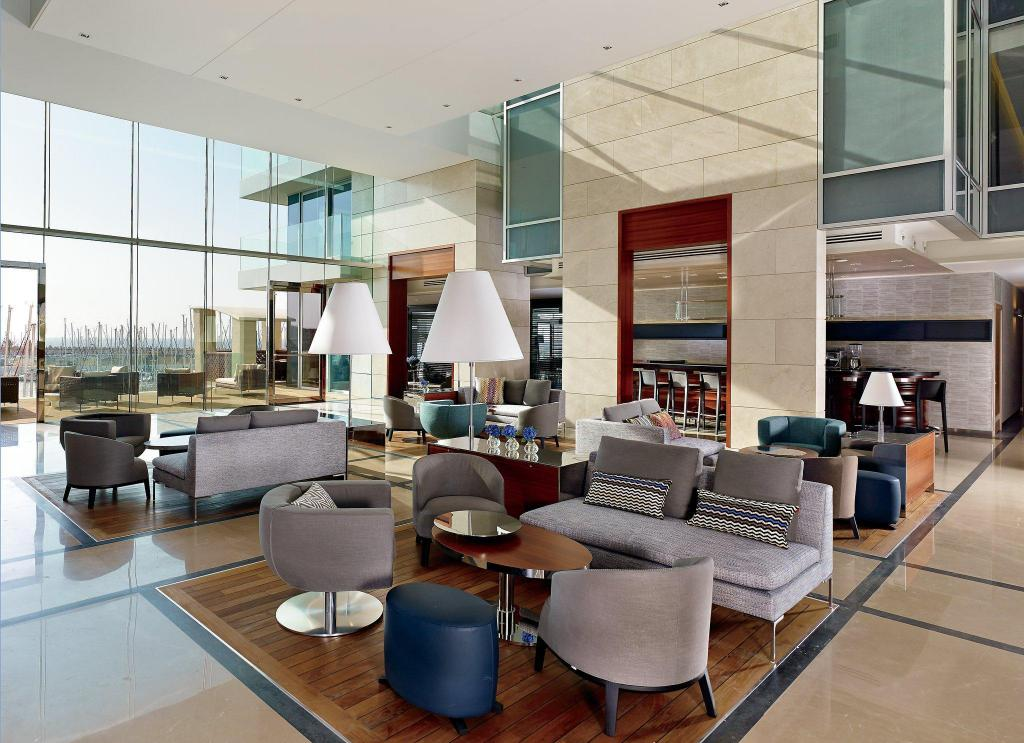 Lobby The Ritz-Carlton, Herzliya