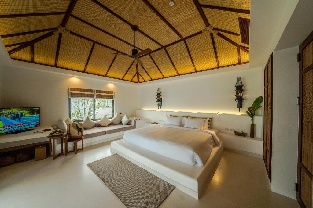Villa mit Ozeanblick - Bett The Royal Sands Koh Rong