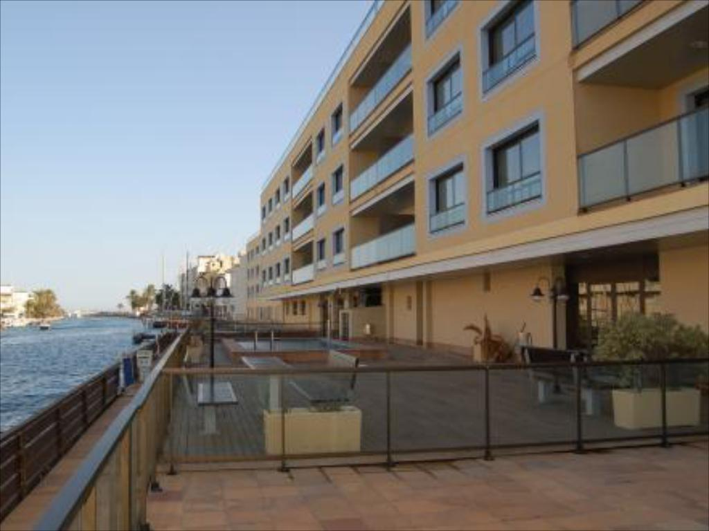 More about Pierre & Vacances Empuriabrava Marina
