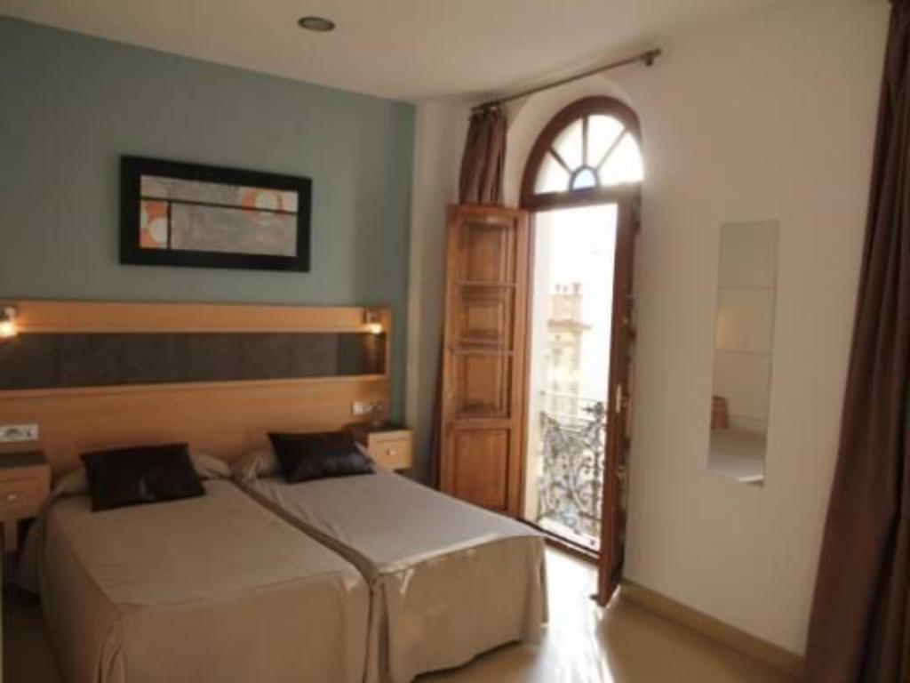 Double Room Hostal Plaza Ruiz