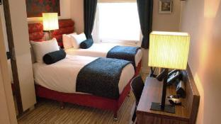 Simply Rooms & Suites Hotel
