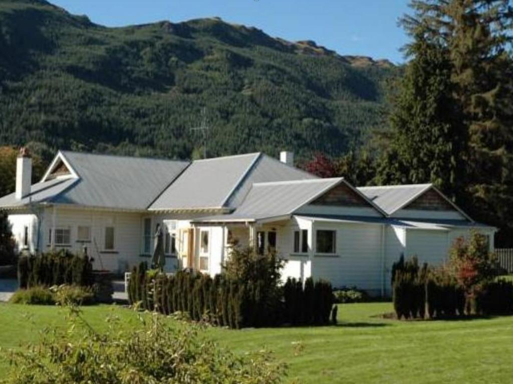 best price on willowbrook country apartments in queenstown + reviews
