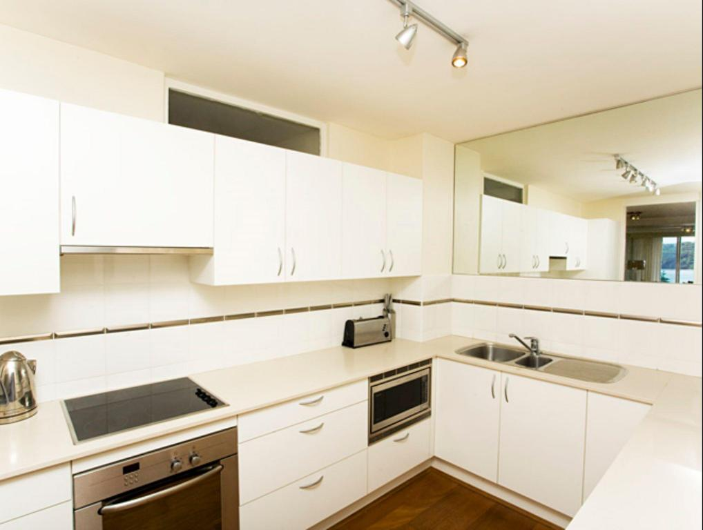 Kitchen MAN29 - East Esplanade Apartment