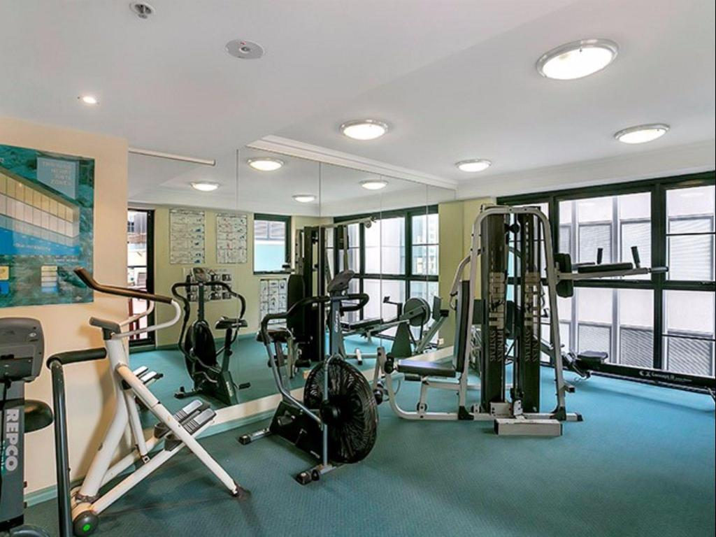 Fitness room A2502 - Hosking Plc Apartment